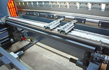 JÖRG Dener Smart XL hydraulische kantpers achteraanslag
