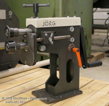 Jörg M1013 gebruikte voormachine Jörg 5302 P1020417-LR