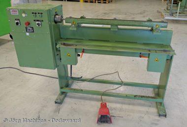Kraalmachine Amga elektrisch, gebruikt M1059, 1 meter tot 1,1 mm zink
