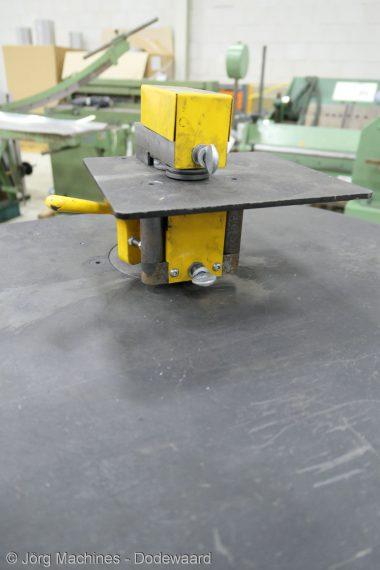 M1043 Flensmachine Air-Works BSM 20, 1mm P1030503-LR1