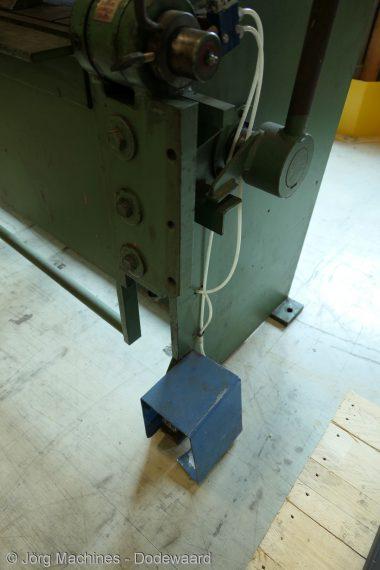 M1114 Vingerzetbank JÖRG 3872 1300x3 P1030436-LR1