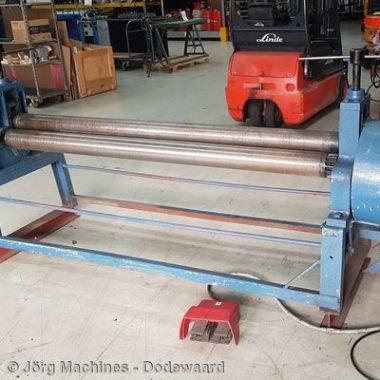M1236 Platenwals symmetrisch 2 meter x 2 mm - 400x400