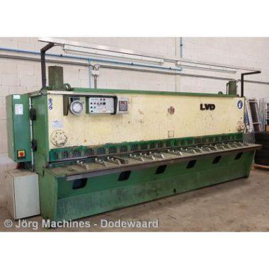 M1282 Guillotineschaar LVD 4000 x 6 mm - 20210929_141618-LR 400x400